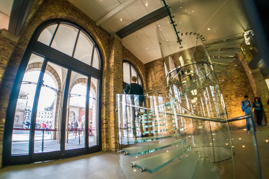 Apple Store Covent Garden